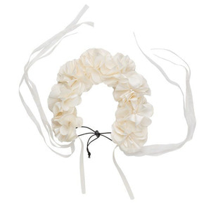 Floral Wreath (dove ivory)