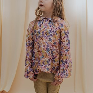 Round Collar Blouse (scribble flower)