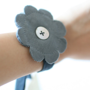 Minimu Flower Bracelet (3colors)