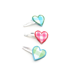 Linna morata Heart pin (check)