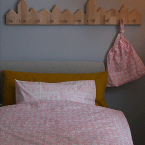 Single Duvet Pink house
