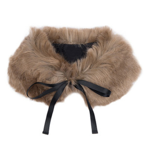 Vielle Faux Fur Collar (mouse)
