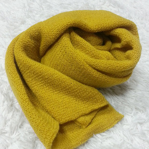 Light Loose Stole (pollen)