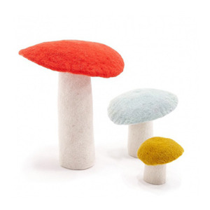 Felt Mushrooms : S